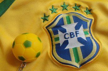 O que acontece com o futebol Brasileiro?